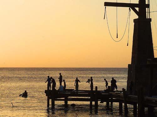 07-caraibi-in-barca-vela-pirati