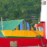 27-caraibi-in-barca-vela-bequia