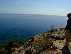 Cala Brigantina, isola di Palmarola, salita sul costone