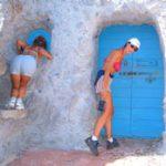 Grotte-appartamento scavate nella roccia a Cala Francese