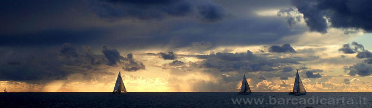 Aperitivo in barca a vela al tramonto